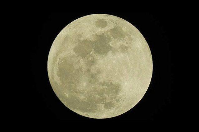 Luna Piena |  conto alla rovescia per il plenilunio di Ferragosto |  la Storione splende nel
