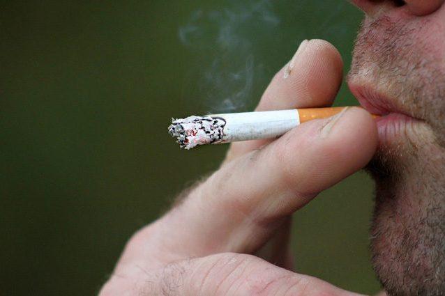 Smettere di fumare avvia l'autoriparazione dei polmoni, anch