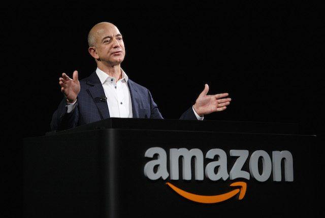 Jeff Bezos è l'uomo più ricco del mondo: il CEO di Amazon ha superato Bill Gates