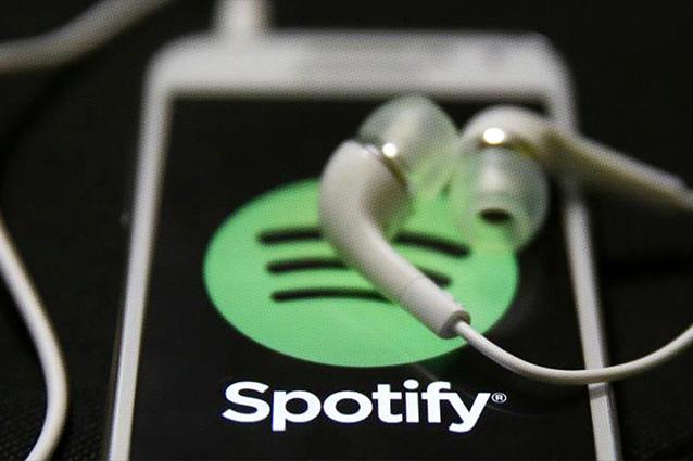 Spotify, in arrivo limitazioni per gli account gratuiti: le nuove uscite solo per gli abbonati