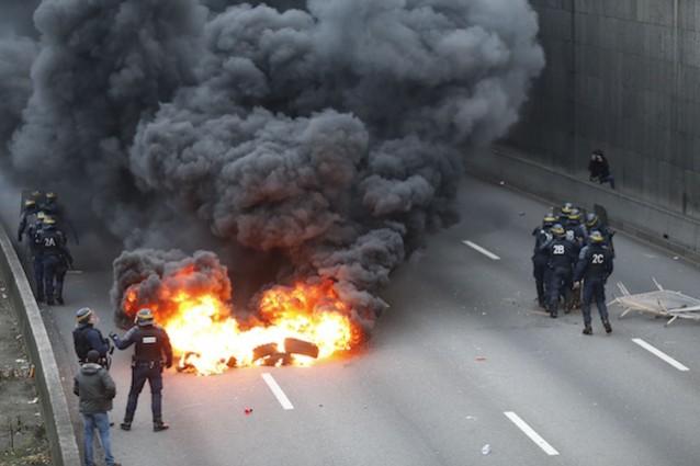 uber taxi proteste parigi