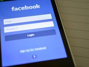 App di Facebook su smartphone