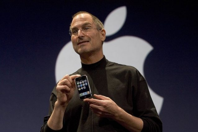 10 difetti che non ricordi del primo iPhone