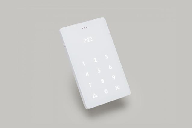 Light Phone, il cellulare anti-smartphone che fa solo due cose: chiama e riceve telefonate