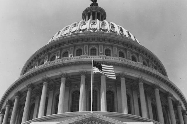 Il Congresso Usa contro la privacy: i dati degli utenti potranno essere venduti senza consenso