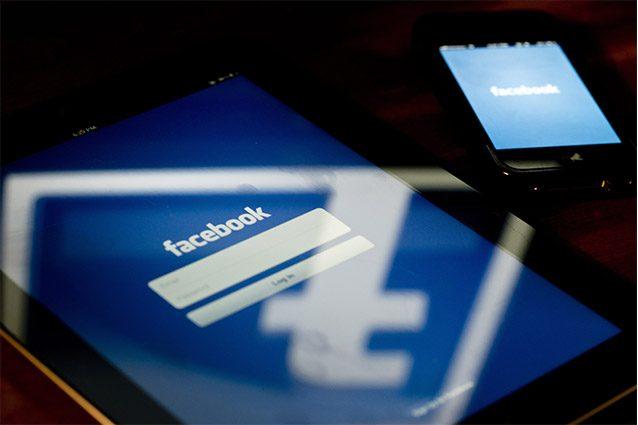 Facebook contro le fake news in Gran Bretagna: chiusi migliaia di account