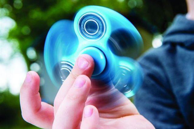 Fidget Spinner: cos'è e come funziona la nuova mania dei più giovani