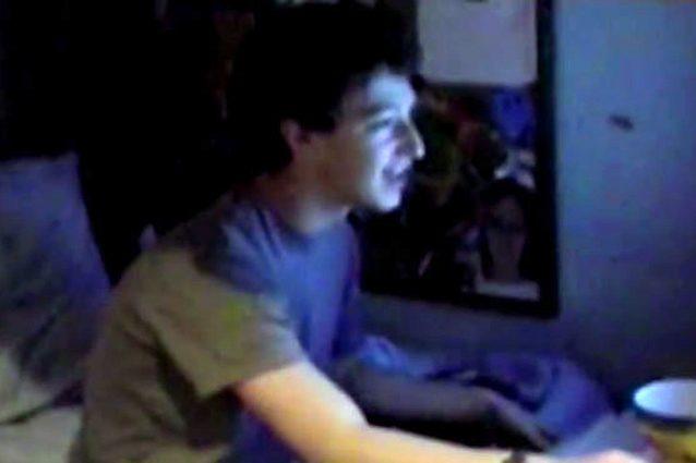 """""""Mi hanno accettato"""": il momento in cui il giovane Zuckerberg viene ammesso ad Harvard"""
