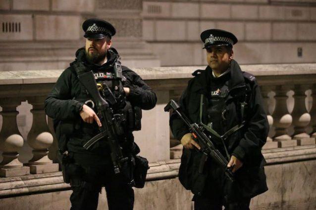 polizia-inglese-uk
