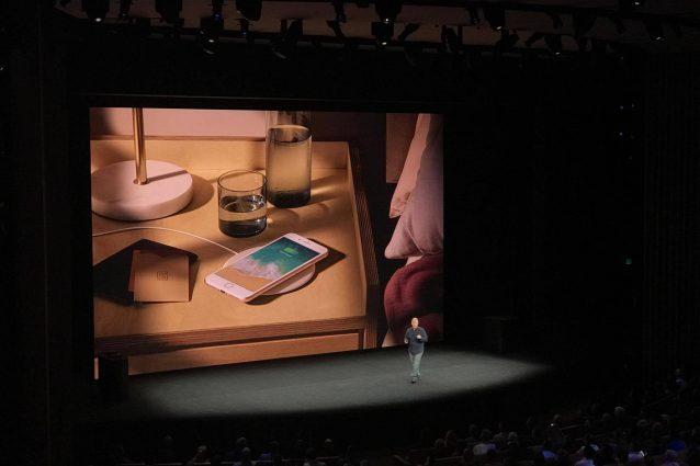 I nuovi iPhone 8 e iPhone 8 Plus si potranno ricaricare senza fili