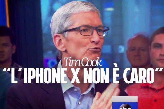 """Apple, Tim Cook giustifica il prezzo dell'iPhone X: """"È il prezzo della tecnologia"""""""