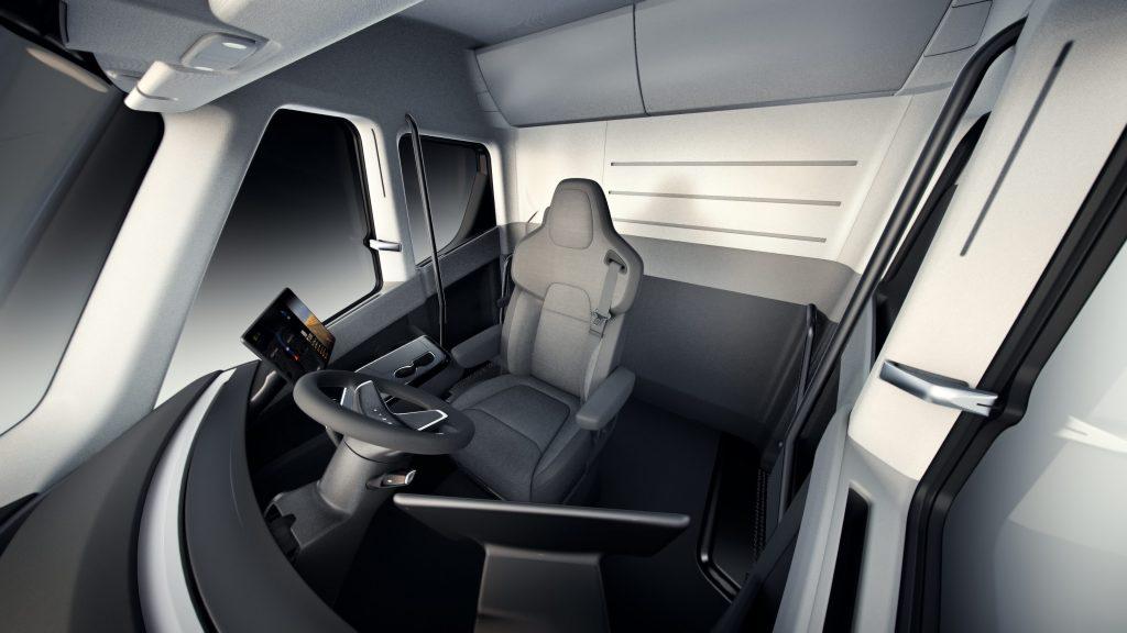 Gli interni del Tesla Semi Truck