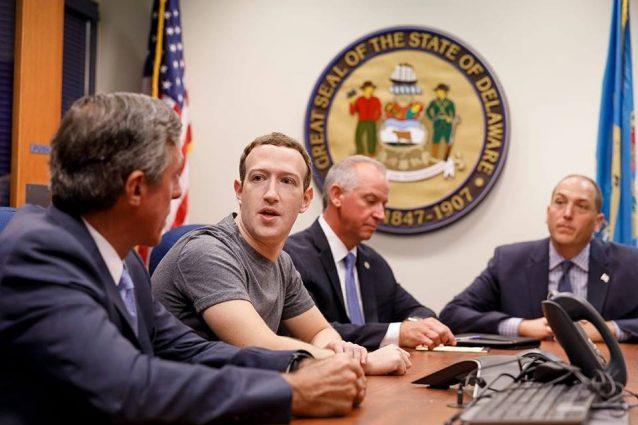 Mark Zuckerberg è sceso ufficialmente in politica (e ha anche uno slogan)
