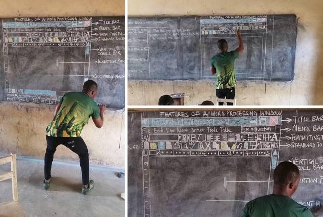 Il prof africano che disegna i documenti Word sulla lavagna per insegnare ad usare il PC