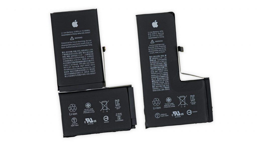 Le batterie a bordo di iPhone XS Max e iPhone XS (Foto: iFixit)