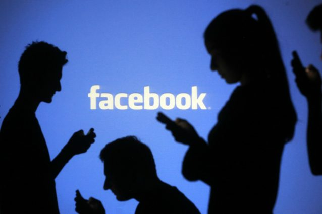Facebook vieta gli annunci ingannevoli su amuchina e mascher
