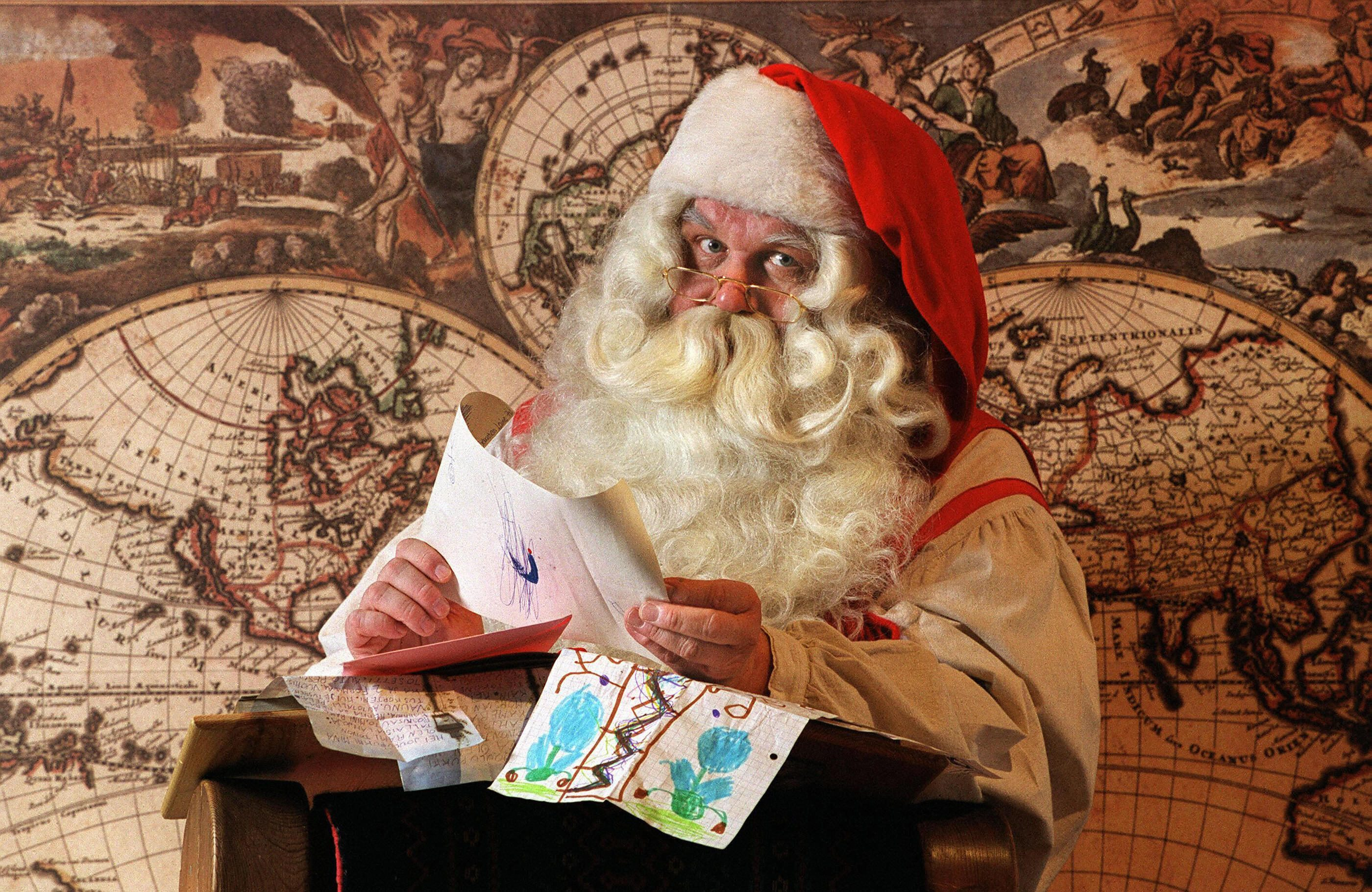 Esiste Babbo Natale Si O No.Babbo Natale Esiste Veramente Meglio Non Chiederlo A Google