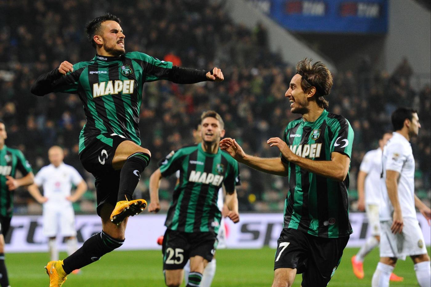 Sassuolo verona 2 1 decide taider di francesco aggancia il milan foto - Sassuolo italia ...