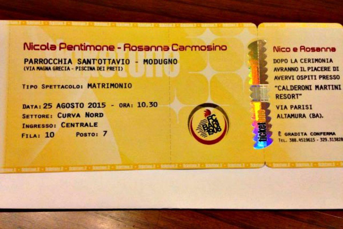 Partecipazioni Matrimonio Bari.Bari Invito A Nozze Stampato Sul Biglietto Per La Curva Nord