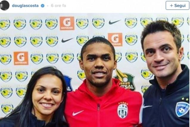 Maglia Home Juventus DOUGLAS COSTA