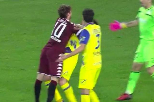 Ljajic rischia il rosso per un colpo a Gamberini