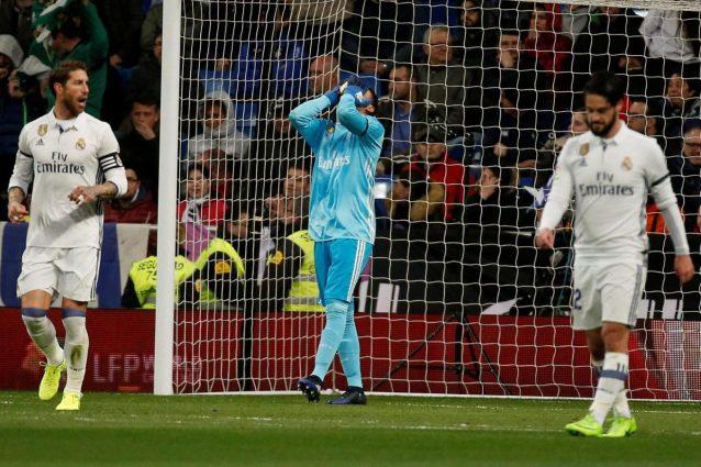 """Spagna, polemiche arbitrali: """"il Real Madrid ha 15 punti in più"""""""