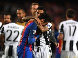 """Dani Alves: """"Triste per i miei amici ma la Juve ha meritato la semifinale"""""""