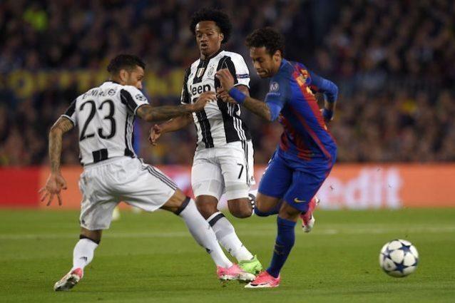 Neymar, che azione. Chiellini è un muro