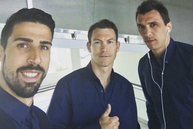 "Juve, Mandzukic non sorride mai e Khedira scherza via web: ""Tutti felici tranne lui..."""