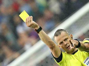 Champions: l'arbitro di Barcellona-Juve è Kuipers, l'incubo di Allegri