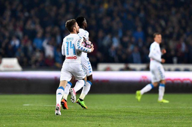 Il Napoli vince, ma in finale ci va la Juve