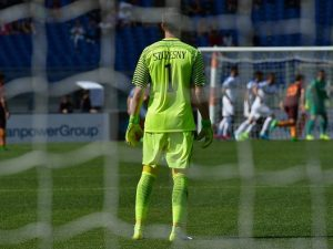 Mercato Napoli, idea Szczęsny: ma il polacco chiede 3 milioni di ingaggio