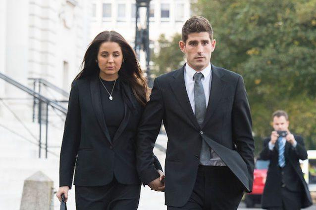 Evans e la compagna Natasha Massey, hanno un figlio di 9 mesi