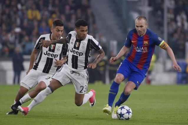 """Iniesta apre alla Juve: """"Rinnovo con il Barça? Sto valutando altre cose"""""""