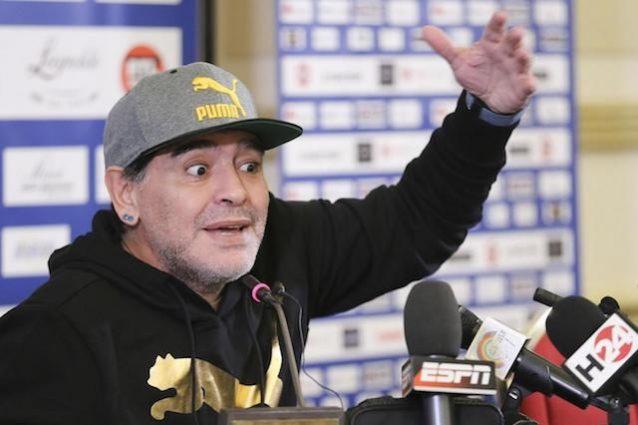 Napoli, festa al San Paolo per i 30 anni del primo scudetto: invitato Maradona