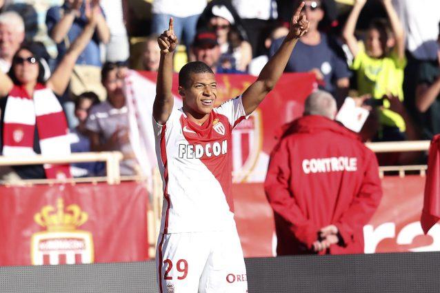 """Real Madrid, Mbappé ha detto """"sì"""": ora si tratta con il Monaco"""