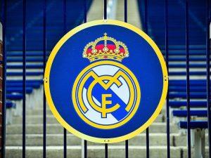 Real Madrid, accordo con l'Adidas fino al 2024: un miliardo di euro garantito