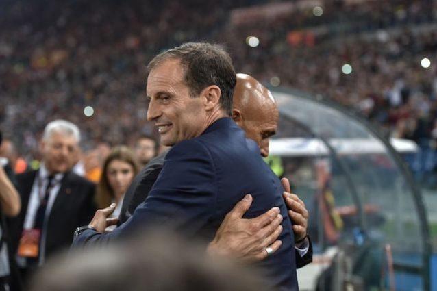 Inizia Roma-Juventus. Cambio nella quaterna arbitrale