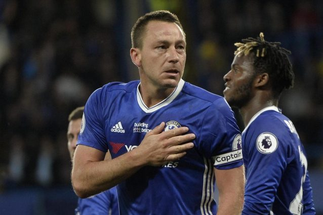 Conte vince 4-3 con il Watford, Terry gol d'addio. Il Chelsea arriva a 90 punti
