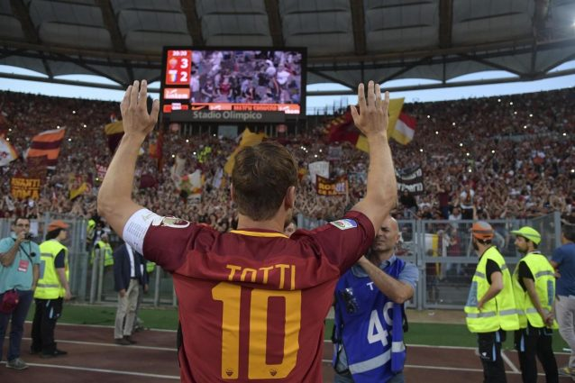 L'addio di Totti: tifosi, ora aiutatemi