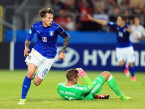 Bernardeschi e la Danimarca regalano la semifinale contro la Spagna
