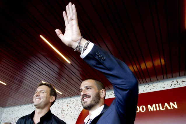 Milan, mercato milionario. Come può spendere tanto un club nato con 300 milioni di debito?