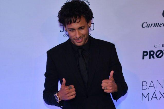 Neymar pagato 222 milioni dal Psg. Affare del secolo da oltre 600 milioni di euro