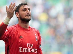 Donnarumma, ecco la firma: Gigio ha rinnovato con il Milan fino al 2021