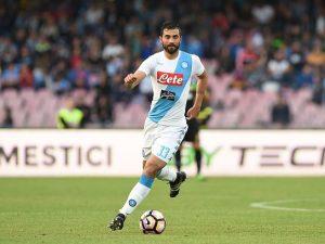 """Napoli, Albiol: """"Lottiamo per lo scudetto. Sarri? Sembra Luis Aragones"""""""