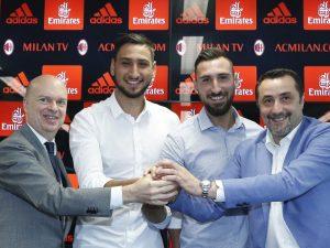 I fratelli Donnarumma, con Fassone e Mirabelli – Fonte: Facebook Ac Milan