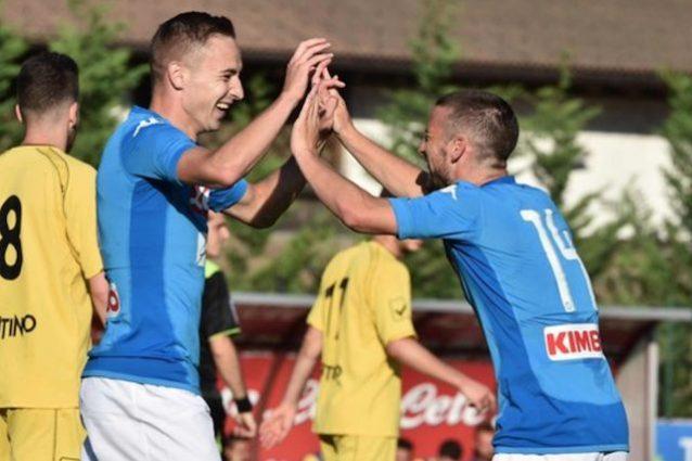 Napoli-Bassa Aunania 12-0, show degli azzurri in amichevole: 6 gol di Mertens