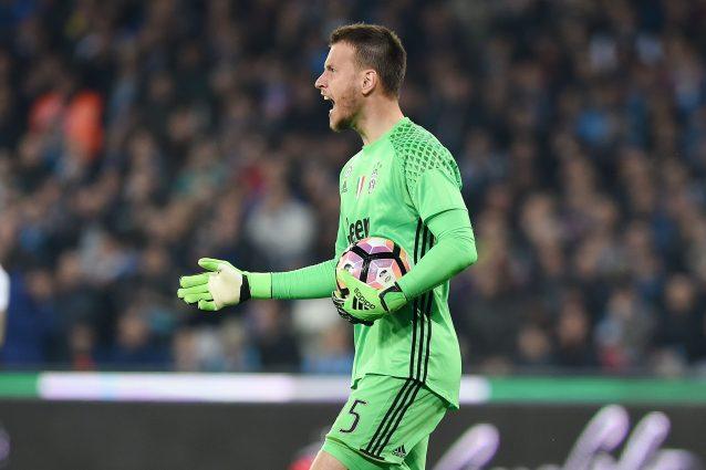 Calciomercato: Napoli e Milan su Neto, anche il Valencia si fa avanti