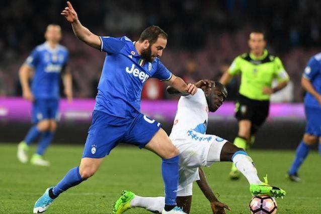 Il Napoli batte Higuain in tribunale: niente arretrati per il 'Pipita'