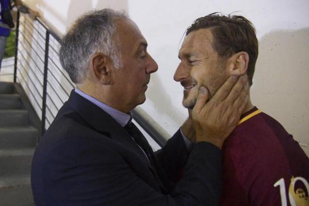 Roma, incontro Totti-vertici giallorossi positivo: sul tavolo contratto di 6 anni da dirigente